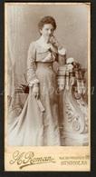 Photo-carte De Visite / CDV / Femme / Woman / Photographer A. Roman / Sint-Niklaas / Saint-Nicolas / Size: 6.20 X 12 Cm - Fotos