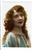 CPA - Carte Postale -Pays Bas- Une Jeune Femme Souriante - -1925 -  VM3903 - Vrouwen