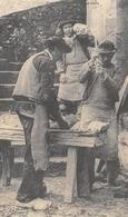 Fabrication De La Faïence Bretonne à Quimper - Battage De La Terre - Cecodi N'750 - Quimper
