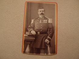 Photo CDV Militaria Empire Officier Décorations Numéro 49 Sur Le Col Régiment à Identifier Bayonne - Guerre, Militaire