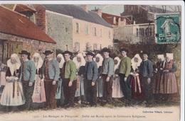 PLOUGASTEL - Les Mariages - Défilé Des Mariés Après La Cérémonie Religieuse - Plougastel-Daoulas
