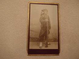 Photo CDV Militaria Empire 1870 Fusil Régiment N°53 - Guerra, Militares