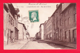 F-71-Chauffailles-02A70  La Rue De La Gare, Boulangerie, Cpa BE - Other Municipalities