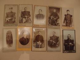 Lot De 10 Photos CDV Militaria Empire 1870 Régiments Identifiés à Exploiter - Guerre, Militaire