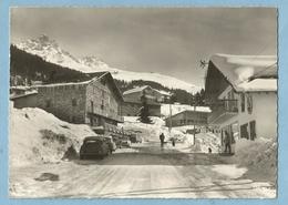 A105  CPSM   MERIBEL-les-ALLUES  (Savoie)  Centre De La Station 1600  -  Au Fond, La Dent De Burgin - CITROËN  DS .... - France