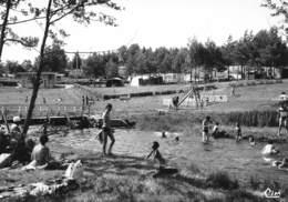 BUGEAT - Camping Et Baignade Sur La Vézère - Tirage N&B Non Dentelé - Autres Communes