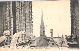 POSTAL    PARIS  -FRANCIA  - NOTRE DAME-LES COMBLES ET LA FLECHE (LOS TECHOS DE NOTRE DAME) - Francia