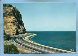 île De La Réunion L'autoroute Entre Saint-Denis Et Le Port 2scans Voitures - La Réunion