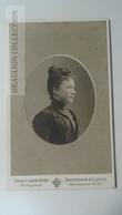 D164590 CDV Cabinet Photo -Ernst Lohöfener - Gadderbaum-Bielefeld - Ca 1890-1900 - Young Lady- Costume Fashion Coiffure - Fotos
