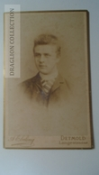 D164605 CDV Cabinet Photo -  A.Ebeling, Detmold     - Ca 1870-80 - Man's Portrait   Costume Fashion - Fotos