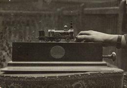 SMALLEST ENGINE OF THE WORLD DAVID DIXON CROYDON  Train Railway Trein   16*12CM Fonds Victor FORBIN 1864-1947 - Trenes