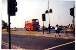 35mm ORIGINAL PHOTO BUS REDLINE  AYLESBURY - DOUBLE DECKER -  F997 - Photographs