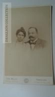 D164613  CDV Cabinet Photo -   Chr. Miehe  - Hannover   - Ca 1890-1900 -  Couple  -Fashion Costume - Fotos