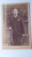 D164615  CDV Cabinet Photo -  H.Brandes - Hannover  Linden  - Ca 1890-1900 - Young Man   -Fashion Costume - Fotos