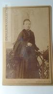 D164627 CDV Cabinet Photo   Bernhard Tielemann, Hameln A/W   - Ca 1890-1900 - Woman's Photo  -Fashion Costume - Fotos