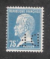 Perforé/perfin/lochung France No 177 DF Dormeuil Frères - Perfins
