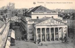 BRUXELLES - Théâtre Royal De La Monnaie Et église Ste-Gudule - Monuments, édifices