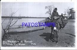 114582 ARGENTINA SANTIAGO DEL ESTERO TERMAS DE RIO HONDO COSTUMES SELLER VENDEDORA DE PESCADO PHOTO NO POSTAL POSTCARD - Fotografie