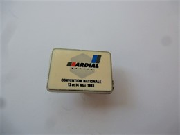 PINS BANQUES GROUPE ARDIAL CONVENTION NATIONALE 12 Et 14 MAI 1993 / 33NAT - Banks