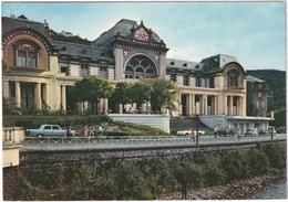 La Bourboule: PEUGEOT 404, SIMCA 1501, RENAULT FLORIDE CABRIO - Dans Le Fond Charlannes - Turismo