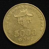Vietnam 5000 Dong 2003.  Asia Coin. Km73 - Viêt-Nam