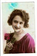 CPA - Carte Postale - Royaume Uni--Jeune Femme Souriante -VM3936 - Women