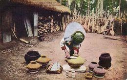 Formosa Taiwan, Native Woman Making Eartnern Pots, Pottery (1930s) Postcard - Formose