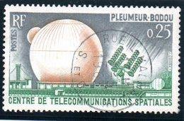 """SCIENCES ET TECHNIQUES - 25c  """"Centre De Pleumeur-Bodou""""  N° 1360 Obl. - Oblitérés"""