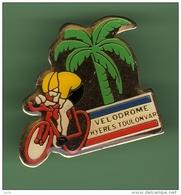 CYCLISME *** VELODROME HYERES TOULON VAR *** 1022 - Cycling