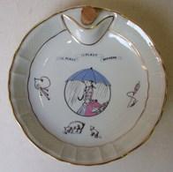 Lot. 1094. Assiette Chauffante à L'eau Pour Bébé Décorée De La Chanson  Il Pleut Il Pleut Bergère L. Bernardaud Limoges. - Limoges (FRA)