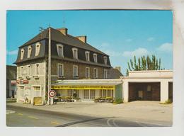 """CPSM MINIAC MORVAN (Ille Et Vilaine) - VIEUX BOURG : Hôtel """"Le Relais Fleuri"""" - Frankreich"""