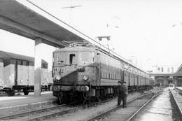 Bordeaux-Saint-Louis. Locomotive BB 339. Train Pour Le Verdon. Cliché Jacques Bazin. 08-10-1967 - Trains