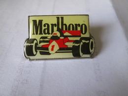 PIN'S   FORMULE 1  MARLBORO - F1