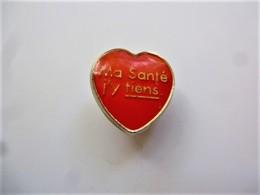 PINS Médical COEUR ROUGE MA SANTE J'Y TIENS / 33NAT - Medical