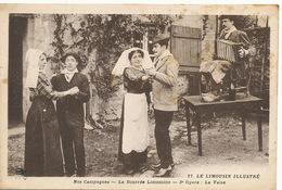 La Valse Limousin Bandoneon Joueur En Sabots Avec Bouteille De Vin - Danse