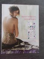 Publicité Papier Parfum - Perfume Ad : UNGARO Apparition Russie 2005 - Advertisings (gazettes)