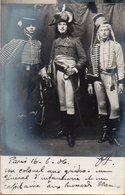96Ve   Carte Photo Colonel Aux Guides De La Garde General D'infanterie Et Capitaine De Hussards Blancs De Napoleon 1er - Uniformen