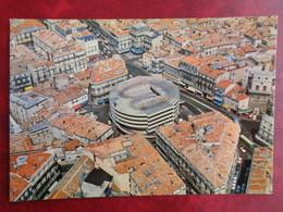 MONTPELLIER : LE PARKING AERIEN DES HALLES LAISSAC, LA TOUR DE LA BAROTTE - Montpellier