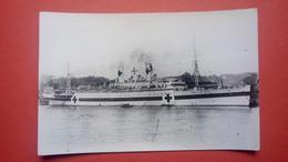 Carte Photo Du Bateau Croix Rouge LAFAYETTE II 1917 - 1919 Transformé En Navire-hôpital - Paquebots