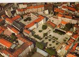 63  CLERMONT FERRAND Ecole Massillon Rue Bansac, Carte Double - Clermont Ferrand