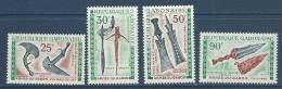 """Gabon Aerien YT 98 à 101 (PA) """" Armes """" 1970 Neuf** - Gabon"""