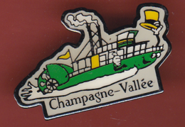 59344-Pin's..champagne Vallée.bateau A Vapeur.... - Boats