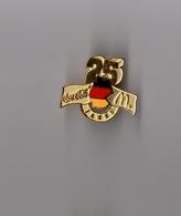 Pin's McDonald's - Coca Cola / Mac Donald's Allemagne 25 Ans (doré) Hauteur: 2,6 Cm - Coca-Cola