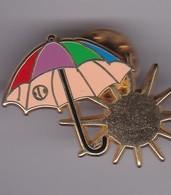 Pin's MOIS DE MARS SIGNE ARTHUS BERTRAND - Arthus Bertrand