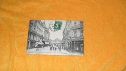 CARTE POSTALE ANCIENNE CIRCULEE DE 1912. / ORLEANS.- LA RUE DE LA REPUBLIQUE L'HOTEL MODERNE ET LA GARE..CACHET + TIMBRE - Orleans