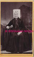 CDV Vers 1880-costume Régional-femme âgée Avec Coiffe Vendéenne - Photos