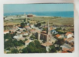 CPSM LE VERDON SUR MER (Gironde) - Vue Aérienne Le Centre, Le Port Pétrolier Et Le Moaal - Autres Communes