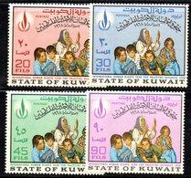 APR1594 - KUWAIT 1968 , Yvert N. 389/392  ***  MNH   Droits De L'Homme - Kuwait