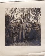 Photo Avril 1915 Centre De DOULLENS - Section Automobile Sanitaire Anglo-Américaine (A211, Ww1, Wk 1) - Guerre 1914-18
