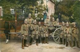 GROUPE DE SOLDATS - Militaria